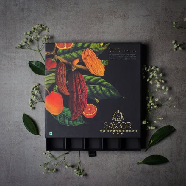 SMOOR TRUE COUVERTURE CHOCOLATE PACKAGE DESIGN 1